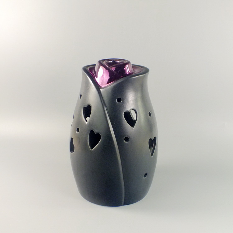 Aroma Diffuser Ceramic Black Rose with heart cover