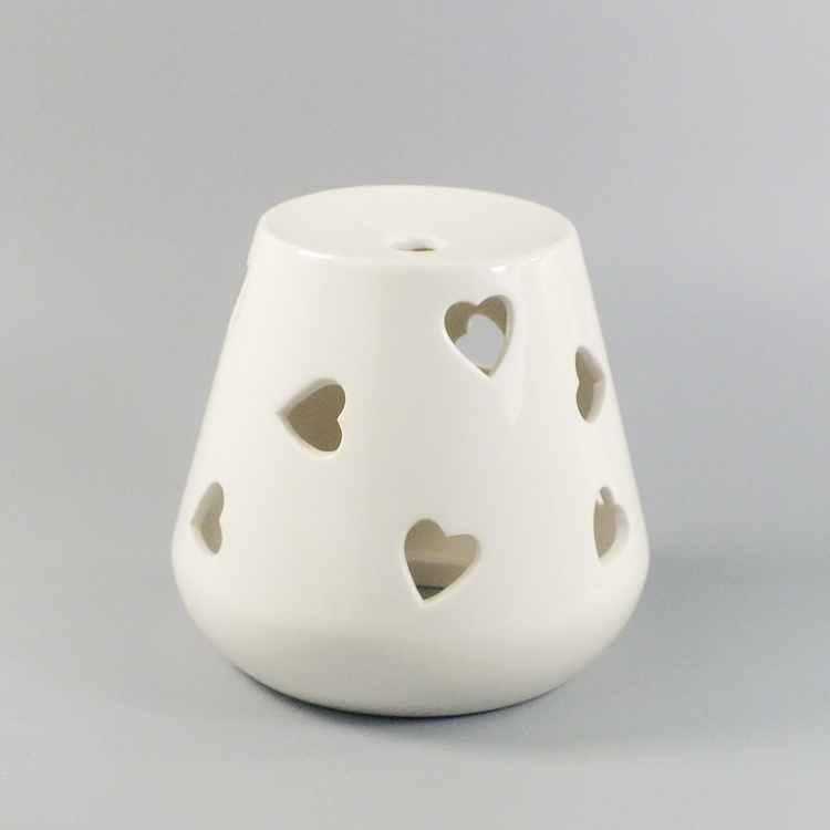 Aroma Diffuser Ceramic White Heart cover