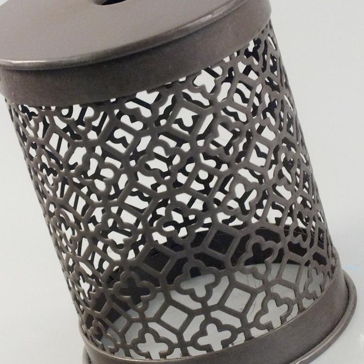 humidifier metal brown meander pattern details1